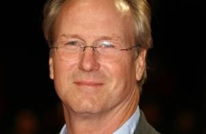 William Hurt face à la personnalité double de... Russell Crowe !