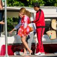 Jay-Z et sa femme Beyonce sont allés découvrir en bateau le Lac de Côme en Italie. Le couple est arrivé au volant d'une magnifique Fiat Spider rouge. Le 7 juillet 2018