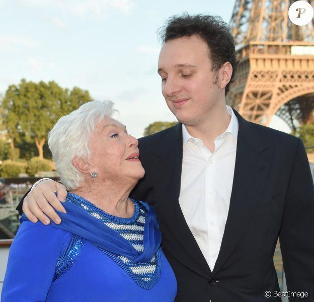 """Line Renaud et Martin Rey-Chirac - Soirée du 90e anniversaire de Line Renaud sur le bateau Potel & Chabot """"Pavillon Seine"""" à Paris le 2 juillet 2018. © Coadic Guirec/Bestimage"""