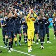 Adil Rami, Benjamin Pavard, Olivier Giroud, Florian Thauvin, Hugo Lloris, Blaise Matuidi et Presnel Kimpembe à l'issue de la demi-finale de la Coupe du monde France - Belgique à Saint-Pétersbourg, Russie, le 10 juillet 2018.