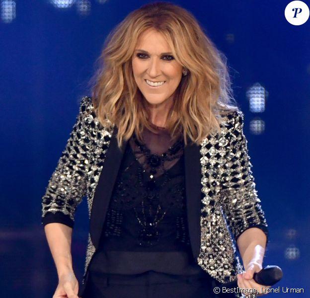 Céline Dion en concert à l'AccorHotels Arena, Paris le 4 juillet 2017. © Lionel Urman/Bestimage