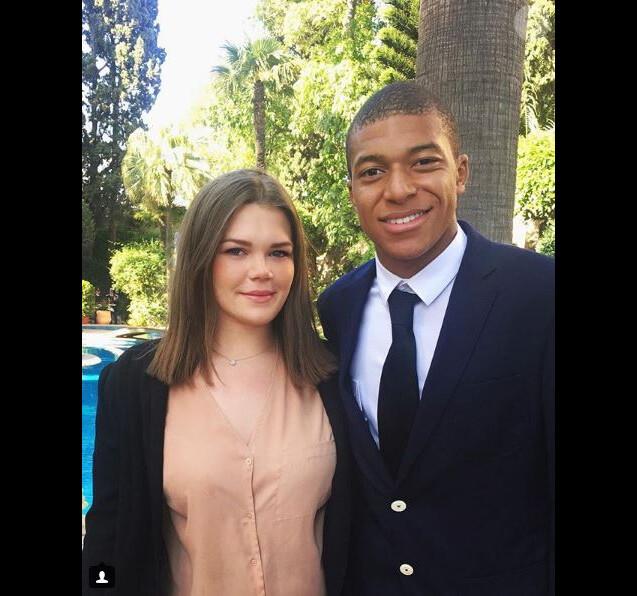 Camille Gottlieb pose avec Kylian Mbappé sur Instagram le 21 mai 2017.
