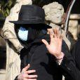 Michael Jackson fait du shopping dans une boutique d'antiquités à Beverly Hills le 22 avril 2009