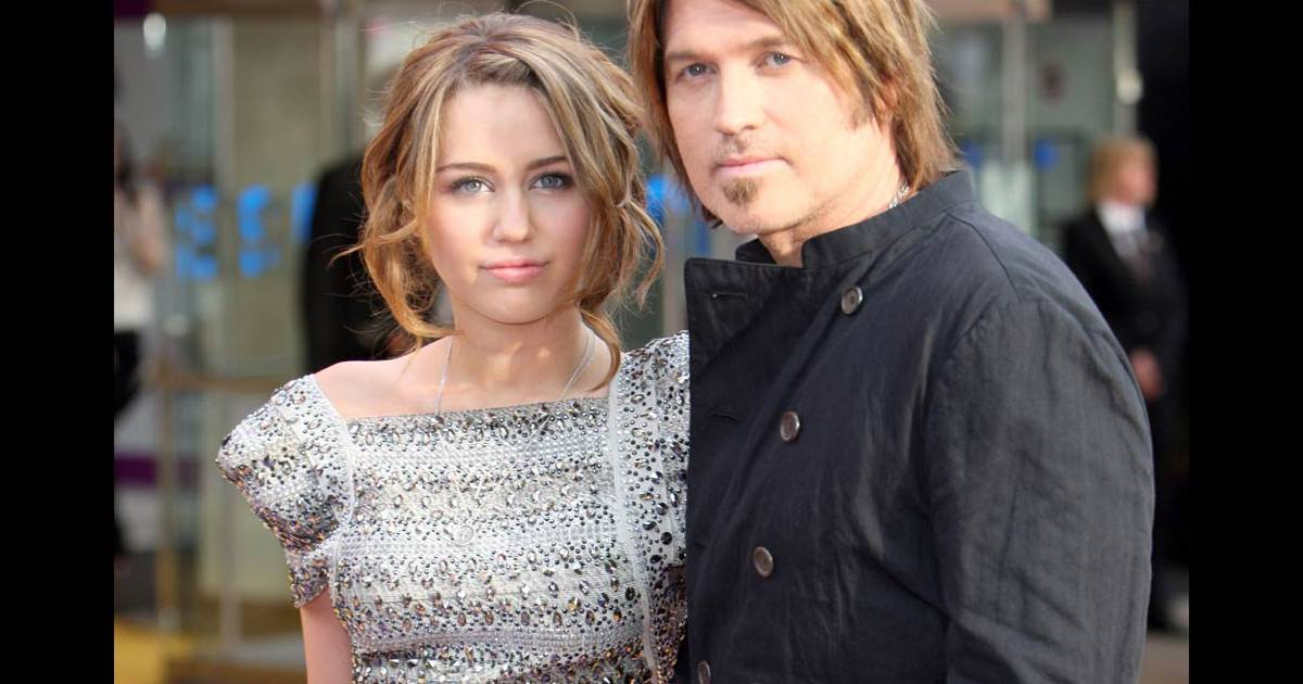 cyrus divorced singles It's a tough time to be a member of the cyrus family three years after billy ray cyrus filed for divorce from his wife only to withdraw his petition five months later, his other half, tish cyrus, decided to end nearly two decades of marriage on thursday citing irreconcilable differences in a.