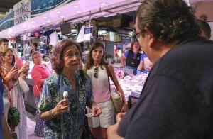 Letizia d'Espagne, ses filles et la reine Sofia: En touristes au marché de Palma