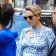 """Kate Hudson, enceinte, quitte le Greenwich Hotel et se rend au Pier 94 pour l'événement """"POPSUGAR PlayGround"""". New York, le 9 juin 2018."""