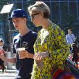 Exclusif - Kate Hudson, enceinte, va déjeuner au restaurant avec son fils Ryder à New York le 11 juin 2018