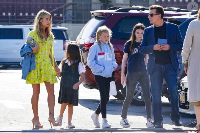 Exclusif - Charlie Sheen a passé une après midi en compagnie de son ex femme Denise Richards et de leurs filles à Malibu le 1er juin 2018