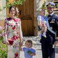 La princesse Sofia, le prince Carl Philip et leurs enfants le prince Gabriel et le prince Alexander au baptême de la princesse Adrienne de Suède à Stockholm au palais Drottningholm en Suède le 8 juin 2018.