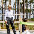 Le prince Alexander de Suède, accompagné de ses parents le prince Carl Philip et la princesse Sofia de Suède, a inauguré le 23 août 2018 une plate-forme d'observation à son nom au sein de la réserve naturelle Nynä dans le duché de Södermanland, dont il est le duc et où il effectuait, à 2 ans, sa première visite officielle.