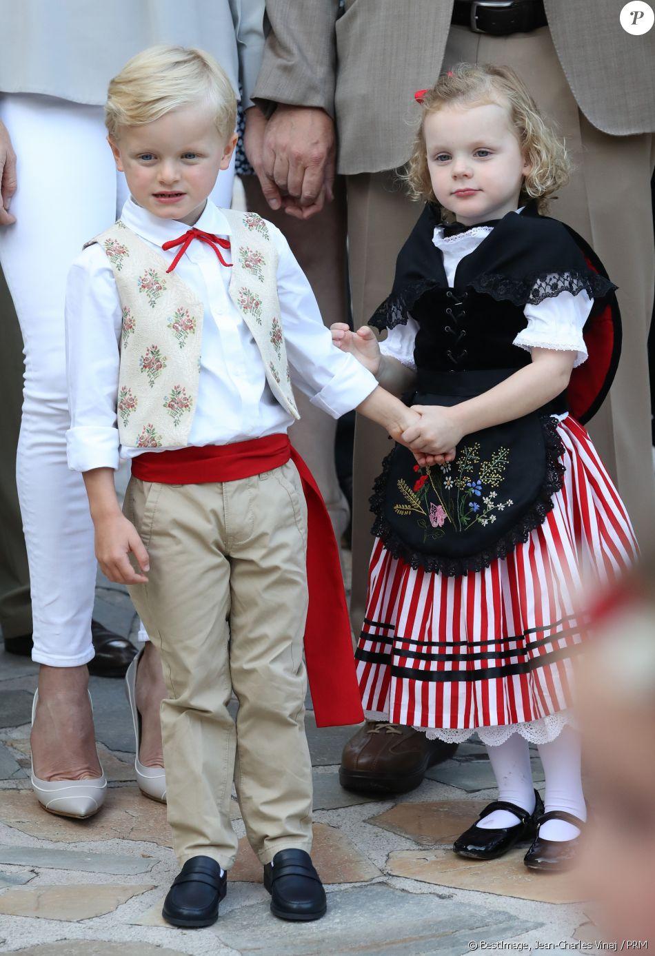Alberto II y Charlene, Príncipes de Mónaco - Página 11 4280126-le-prince-jacques-de-monaco-et-la-prince-950x0-2