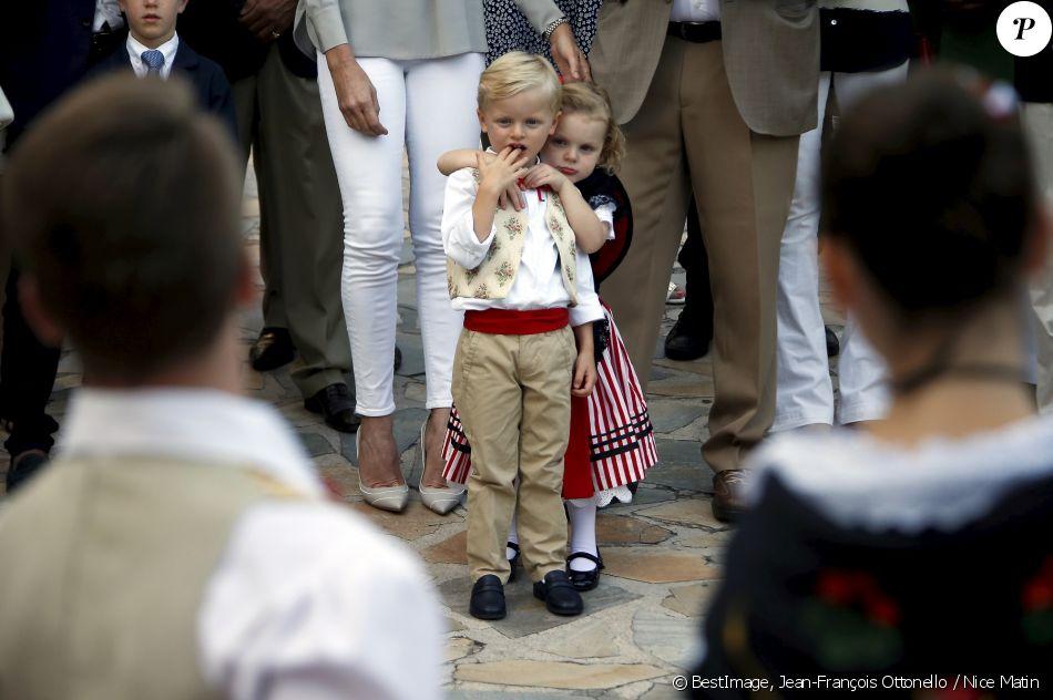 Alberto II y Charlene, Príncipes de Mónaco - Página 11 4280192-le-prince-jacques-de-monaco-et-la-prince-950x0-2