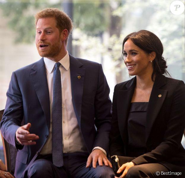 Le prince Harry, duc de Sussex et Meghan Markle, duchesse de Sussex à la soirée WellChild Awards à l'hôtel Royal Lancaster à Londres le 4 septembre 2018.