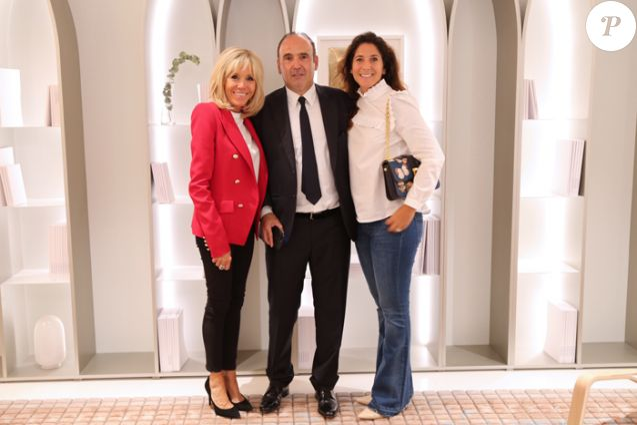 Brigitte Macron - Visite de l'exposition Brut et Précieux, à la Compagnie des Philanthropes à Paris, le jeudi 13 septembre 2018. Ici :  Brigitte Macron, Philippe Journo, Karine Journo.