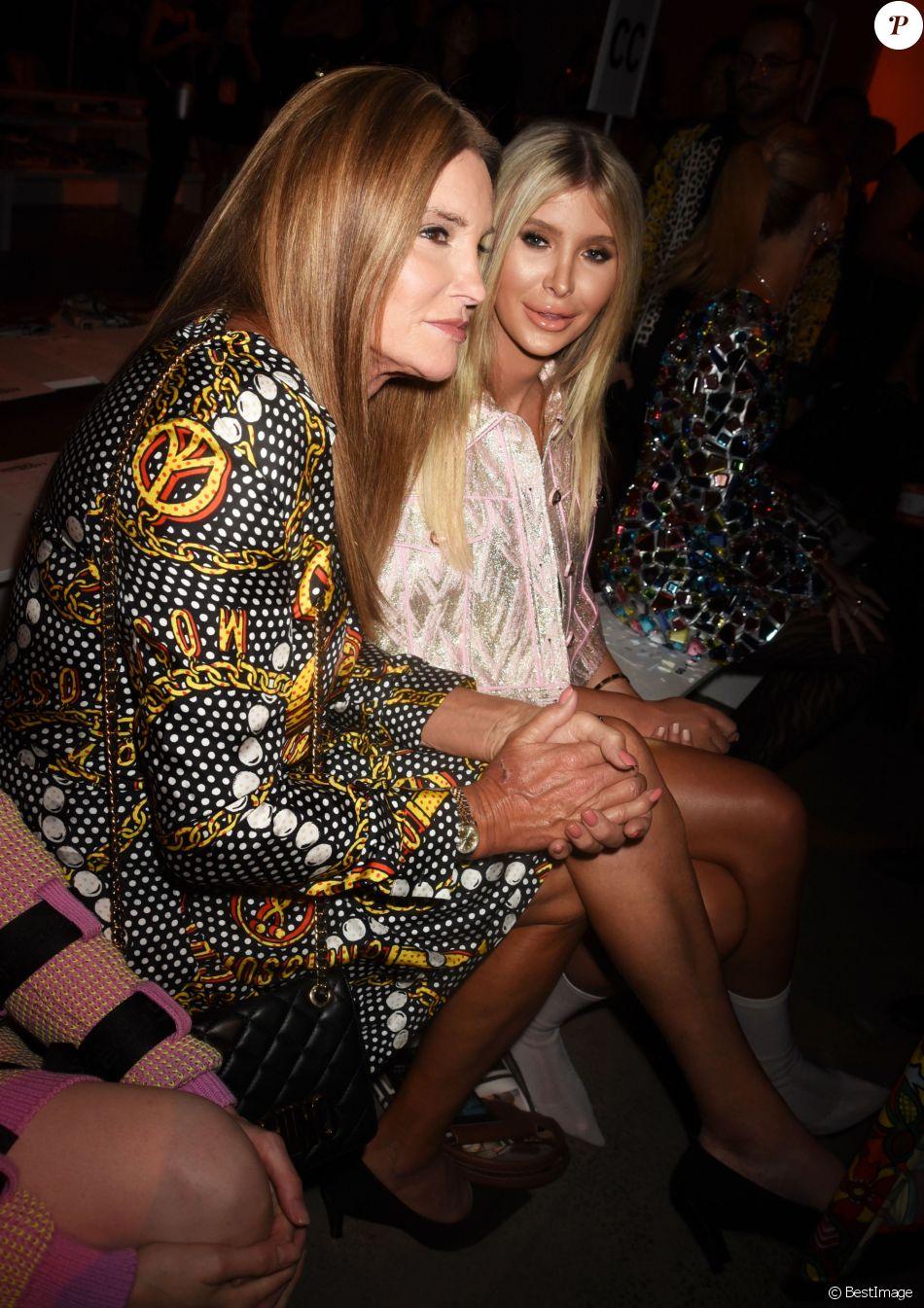 Caitlyn Jenner et fiancée Sophia Hutchins - Les célébrités lors du Jeremy Scott fashion show à New York le 6 septembre 2018. © CPA/Bestimage