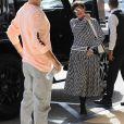 """Exclusif - Scott Disick et Kris Jenner vont faire du shopping chez """"Nordstrom"""" à Calabasas, le 20 septembre 2018."""
