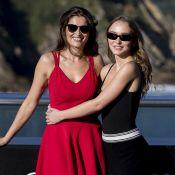 Lily-Rose Depp fait le show avec Laetita Casta et laisse échapper un sein