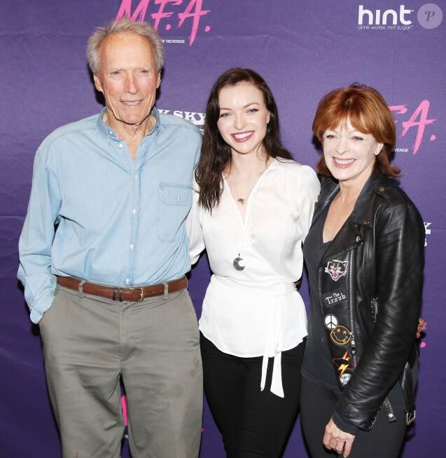 """Clint Eastwood, Francesca Eastwood et Frances Fisher à la première du film """"M.F.A."""" à Los Angeles, le 2 octobre 2017"""