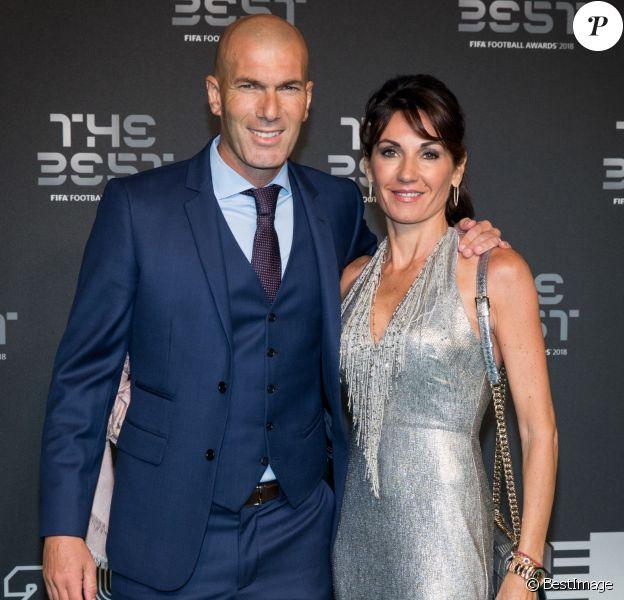 Zinedine Zidane et sa femme Véronique - Les célébrités arrivent à la cérémonie des Trophées Fifa 2018 au Royal Festival Hall à Londres, le 25 septembre 2018. © Cyril Moreau/Bestimage