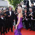 Robe violette Ralph Lauren pour Estelle Lefébure ! Festival de Cannes 2008