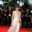 Lou Doillon, métamorphosée dans sa robe Giorgio Armani ! Festival de Cannes 2008
