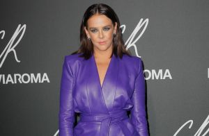 Pauline Ducruet : Sexy en petite robe en cuir à la Fashion Week de Paris