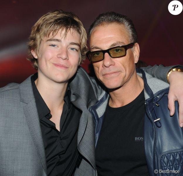 Jean Claude Van Damme et son fils Nicholas - Radio FG fête ses 20 ans au Grand Palais à Paris, le 5 Avril 2012.