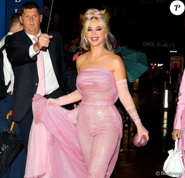 Katy Perry arrive au Zeigfeld Theatre à New York, le 11 octobre 2018.