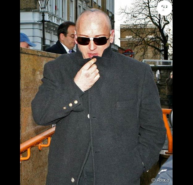 Boy George sort du tribunal en novembre 2007