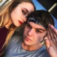 Chloé Jouannet, la fille d'Alexandra Lamy, s'affiche avec son amoureux Zacharie Chasseriaud. (photo postée le 25 janvier 2016)