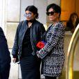 Kris Jenner et sa fille Kylie Jenner à la sortie de l'hôtel Peninsula à Beverly Hills. Le 5 novembre 2015.