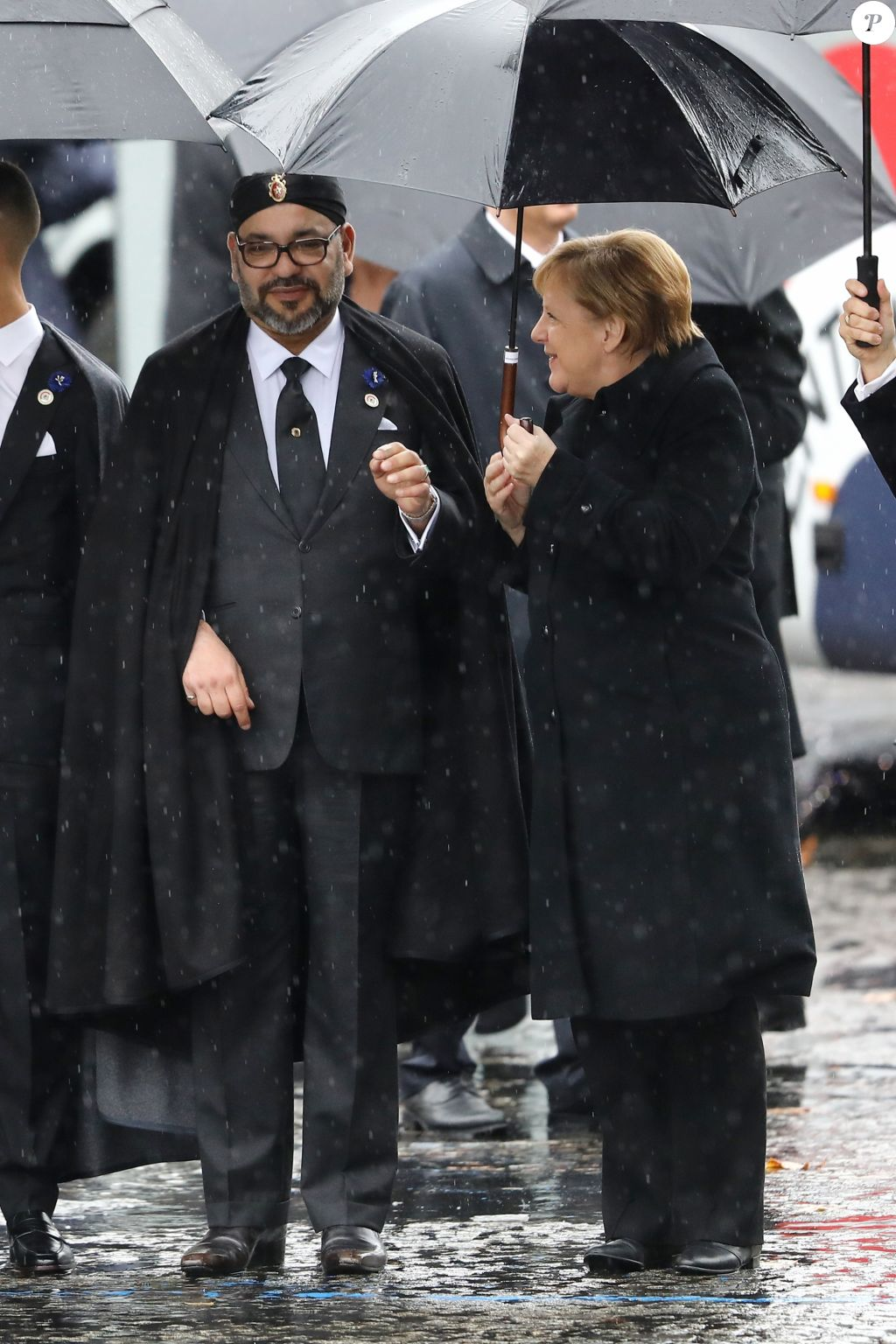 Diplomatie marocaine - Relations internationales 4422164-le-roi-mohammed-vi-du-maroc-et-angela-me-1024x0-2