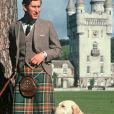 Le prince Charles et son chien à Balmoral en Ecosse en 1978, photo d'archives.