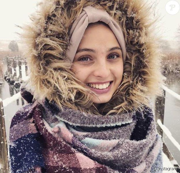 La chanteuse Mennel a annoncé sur Instagram qu'elle s'était mariée et avait choisi de vivre aux Etats-Unis. Novembre 2018