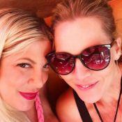 Jennie Garth vole au secours de Tori Spelling, sans maison