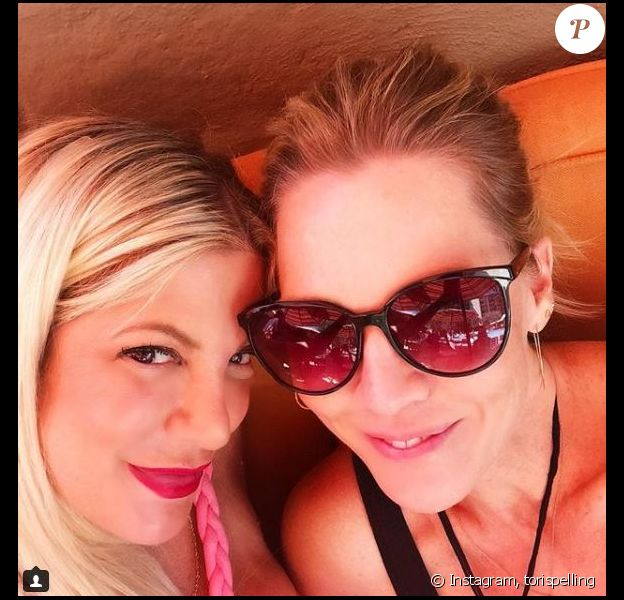 Tori Spelling et Jennie Garth posent ensemble sur Instagram le 17 mai 2018.
