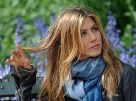 La belle et naturelle Jennifer Aniston... semble bien mélancolique...