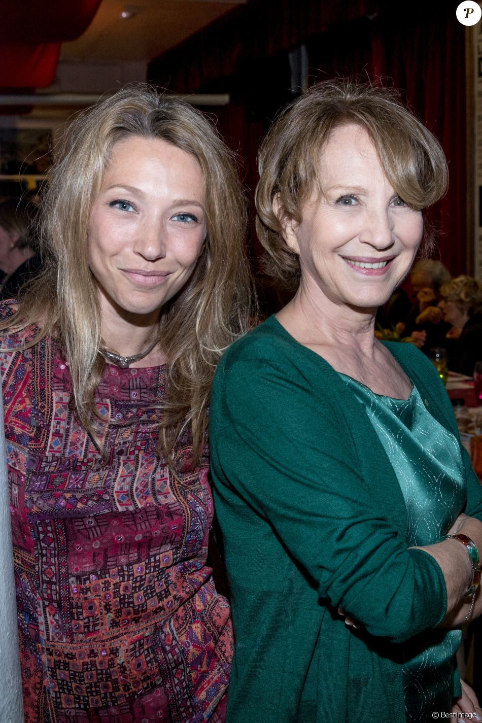 Semi-Exclusif - Laura Smet et sa mère Nathalie Baye - Soirée en l'honneur de Nathalie Baye, organisée par Louis Michel Colla, à La Chope des Puces, restaurant mythique de Marcel Campion à Saint-Ouen. Le 30 avril 2018 © Cyril Moreau / Bestimage