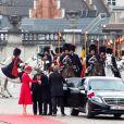 Le Président français Emmanuel Macron et la Première Dame Brigitte Macron, accueillis par le roi Philippe de Belgique et la reine Mathilde de Belgique, au palais royal de Bruxelles, lors d'une visite d'état en Belgique. Belgique, Bruxelles, 19 novembre 2018. Alain Rolland / Imagebuzz / Bestimage