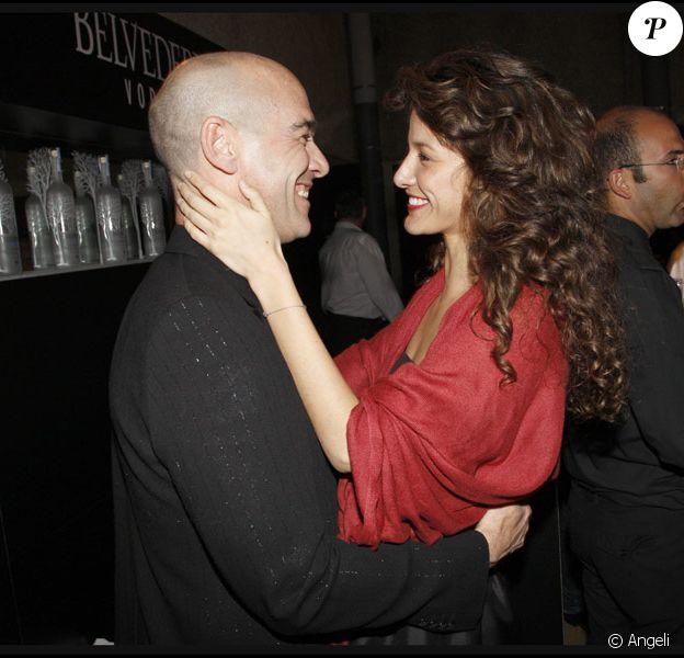 Jean-Marc Barr et Maria Jurado ont choisi de ne plus se cacher et ont affiché leur amour lors de la soirée Audi Talents Awards, le 14 mai, à la terrasse Audi, Festival de Cannes 2009.