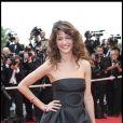 Maria Jurado a monté les marches seule, le 14 mai 2009, avant de rejoindre Jean-Marc Barr à la soirée Audi.
