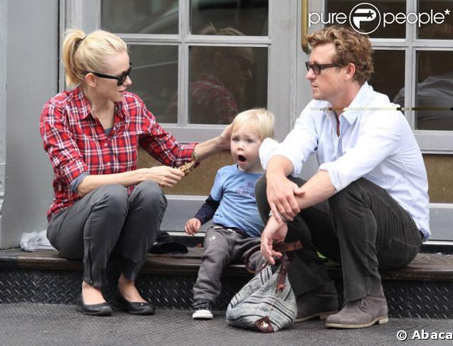 Simon Baker with Naomi Watts