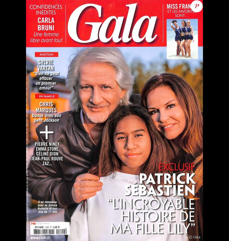 """Patrick Sébastien prend la pose avec son épouse Nana et leur fille adoptive Lily en couverture du magazine """"Gala"""", en kiosques mercredi 28 novembre 2018."""