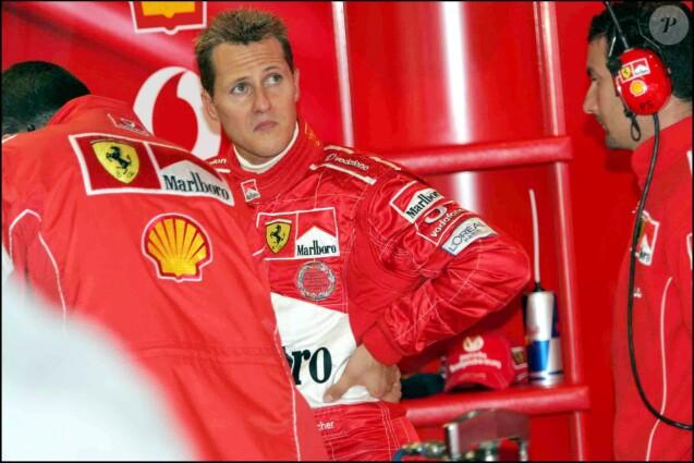 Michael Schumacher lors des essais du Grand Prix de Belgique le 27 août 2004.