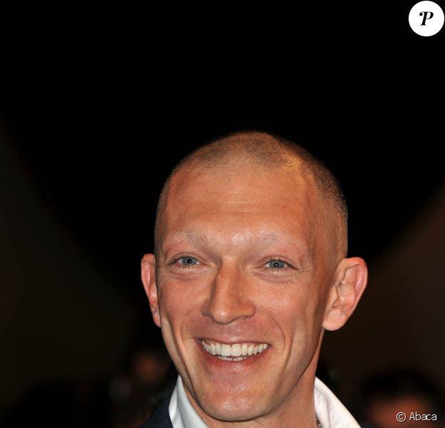 Vincent Cassel sur le tapis rouge pour la projection de A Deriva, à Cannes