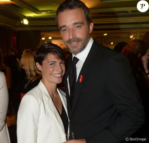 Alessandra Sublet et son mari Clément Miserez - Dîner de la mode pour le Sidaction au pavillon d'Armenonville à Paris. Le 23 janvier 2014.
