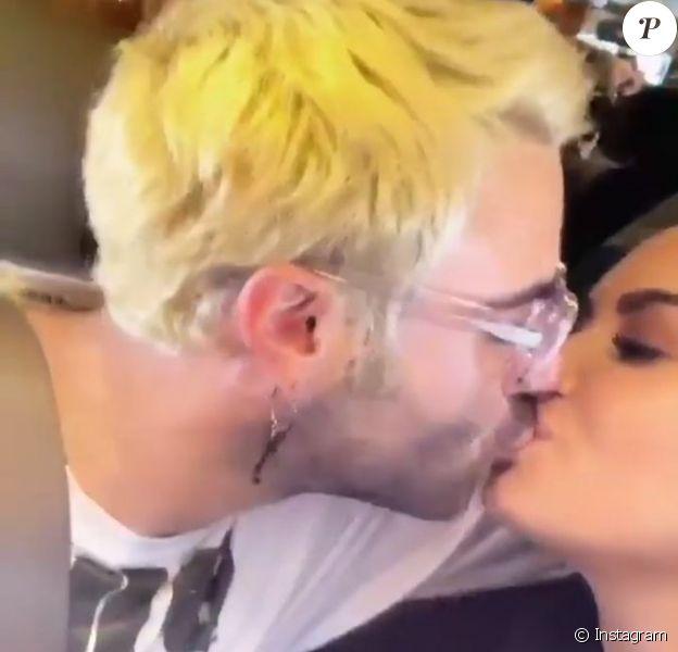 Demi Lovato et son nouveau chéri Henri Alexander se font un bisou dans une story publiée sur Instagram le 29 décembre 2018