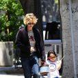 Meg Ryan va chercher sa fille Daisy True à l'école, à Santa Monica