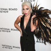 Lady Gaga : Look glamour et extravagant accessoire qui suscite des questions