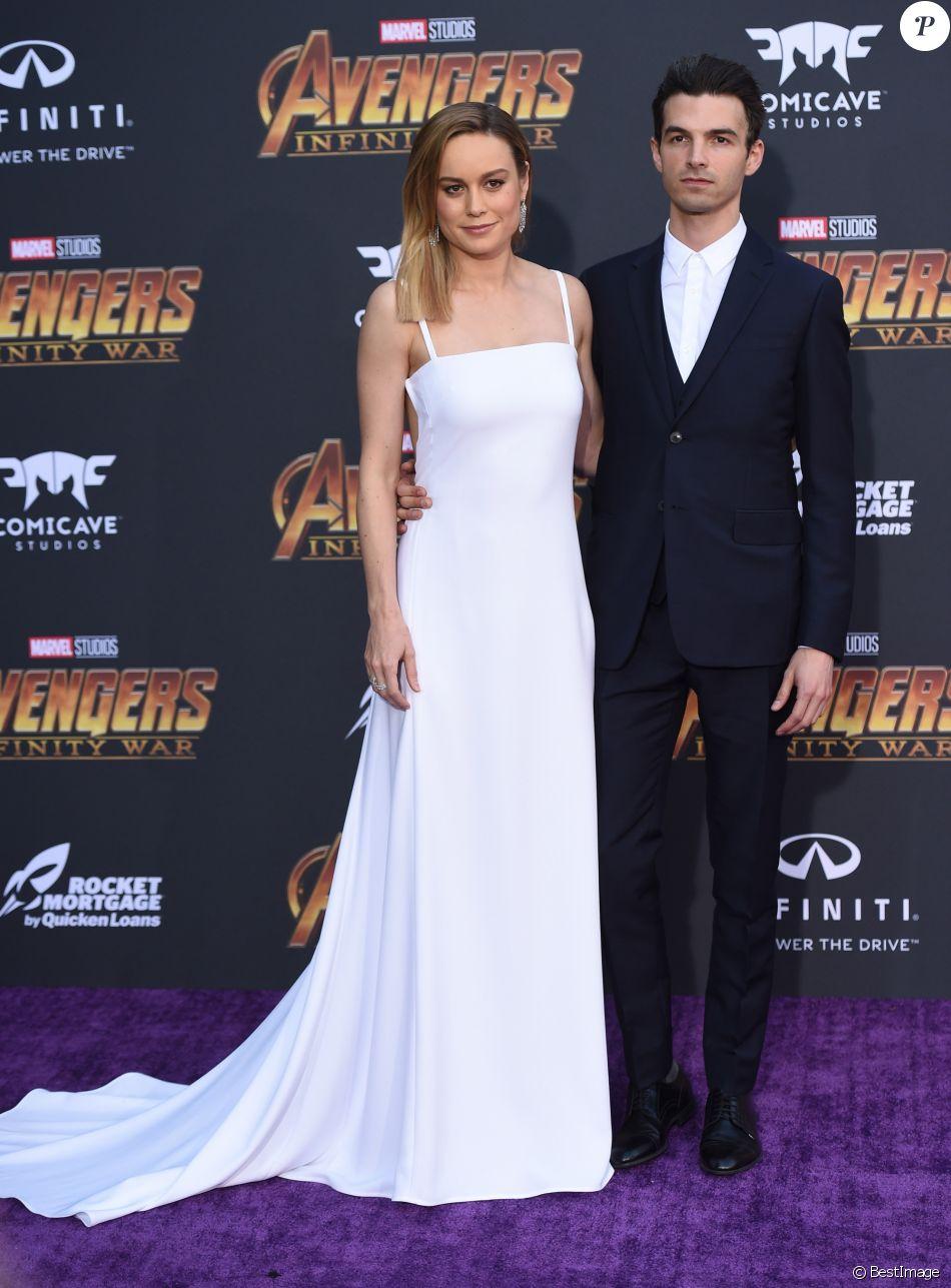Brie Larson et son fiancé Alex Greenwald à la première de 'Avengers: Infinity War' au théâtre El Capitan à Hollywood, le 23 avril 2018 © Chris Delmas/Bestimage